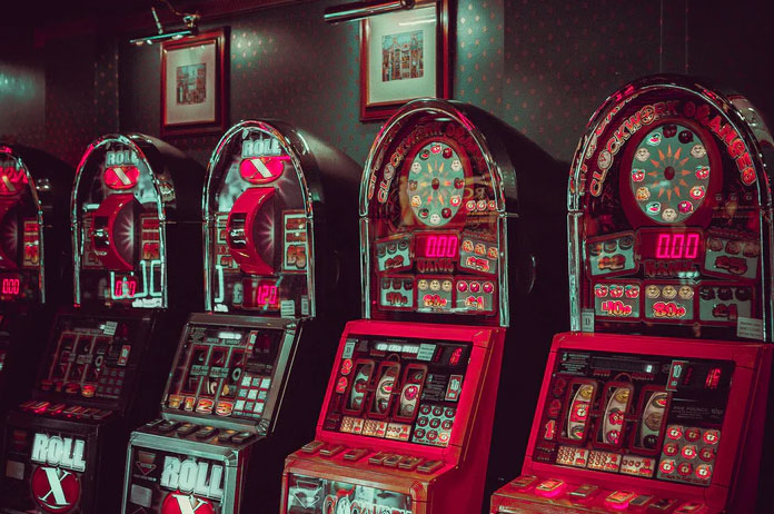 4-syytä-pelata-8-Ball-kolikkopeliä-internetissä