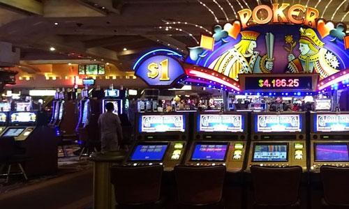Kasinot käyttävät tuoreimpien uutisien mukaan kolikkopelien ääniä pelaajien manipulointiin Toistuvat melodiat - Kasinot käyttävät tuoreimpien uutisien mukaan kolikkopelien ääniä pelaajien manipulointiin